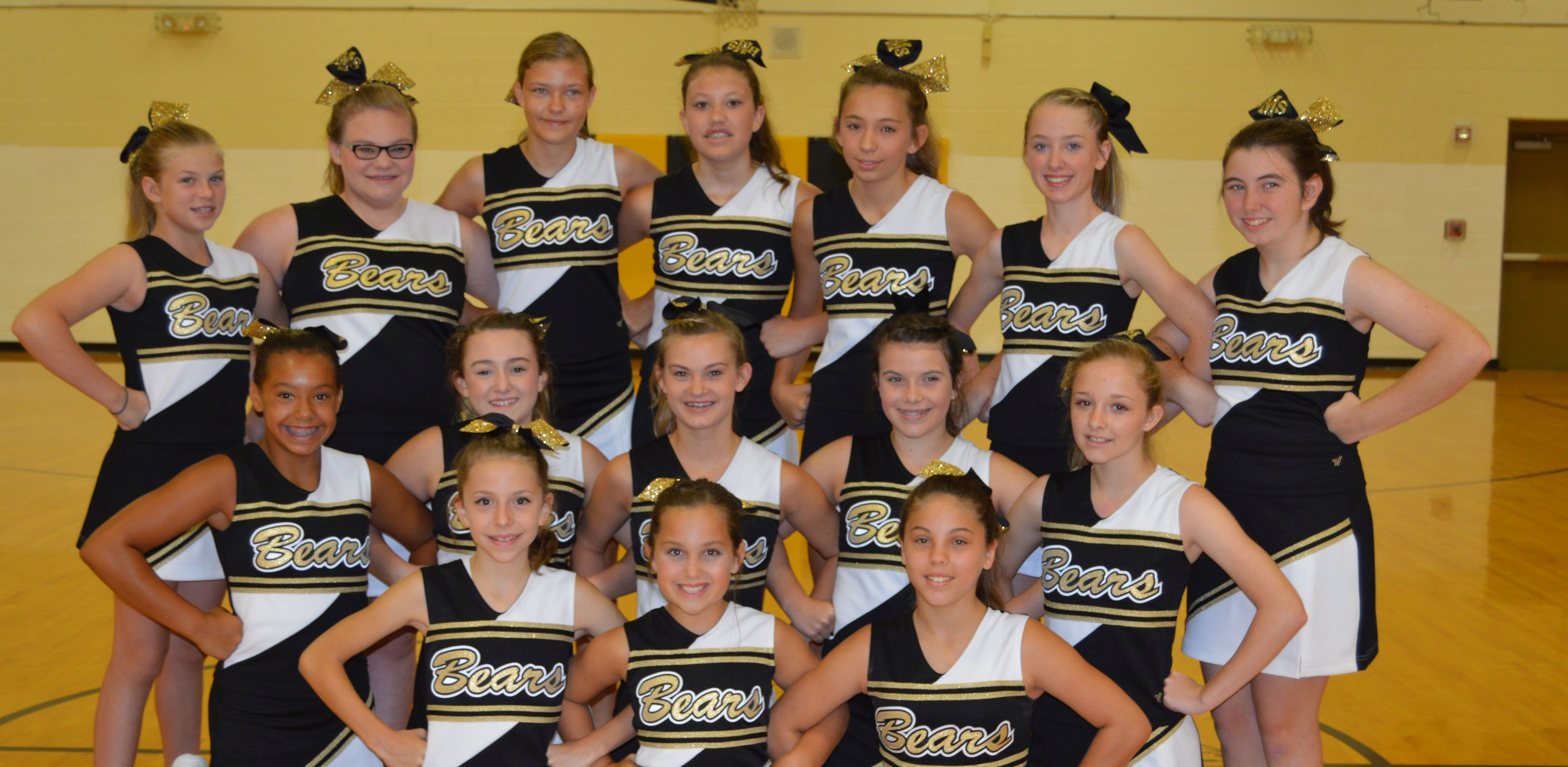 16 17 cheerleading group cropped
